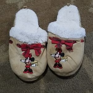 Ladies Mickey mouse slippers